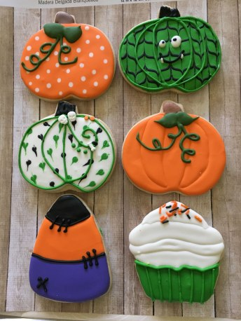 halloween-sugar-cookie-designs_Photo 2018-09-22, 1 08 20 PM