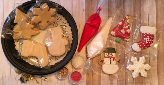sugar-cookie-decorate-your-own_Photo 2018-12-06, 4 23 34 PM