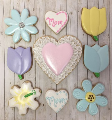sugar-cookie-designs-mothers-day_Photo 2019-05-04, 5 34 10 PM