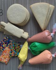 baking-sugar-cookie-decorating-kit