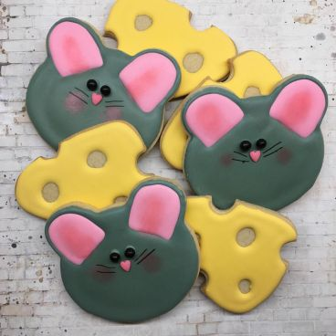 mice-and-cheese-sugar-cookies